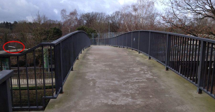 Fußgängerbrücke AKN-Haltestelle Friedrichsgabe