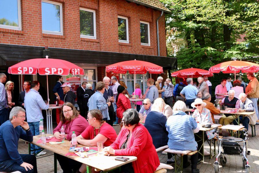 Sommerfest der Norderstedter SPD in der Ochsenzoller Straße 116
