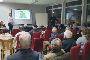 """20 Besucher bei """"SPD vor Ort"""" in Harksheide, Thema """"Stadtpark und Umgebung"""""""